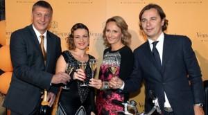 Šampanjac Veuve Clicquot-Gordan Mohor, Renata Sabljak, Jasna Mohor i Vlado Šušak (Kopiraj)