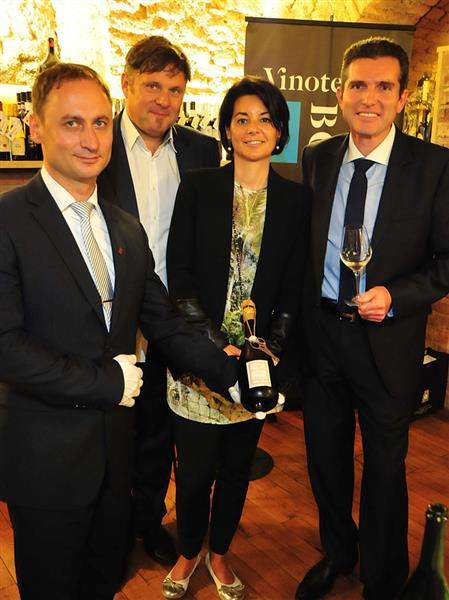 Mario Meštrović, Ivan Srpek, Caroline i Olivier