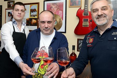 Luka Elezović, Robert Naprta i Bruno Elezović