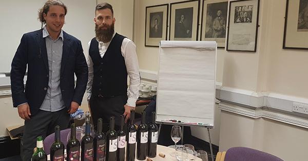 Vinarija Miloš predstavila Stagnum najstarijem studentskom vinskom udruženju na svijetu na Sveučilištu u Oxfordu