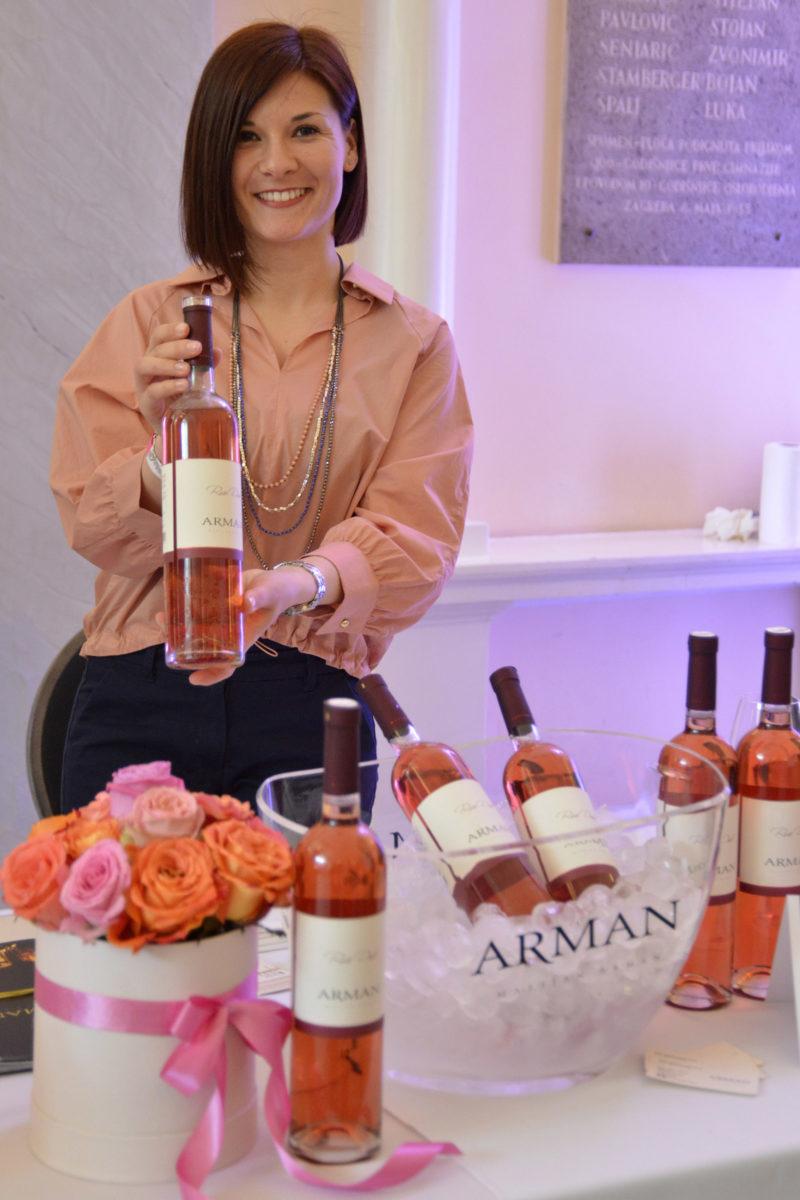 Nina Arman